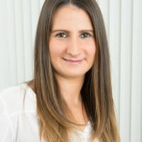 Team der Zahnarztpraxis Boeckelmann - Frau Eda Murtezaoglu-Sindzinski